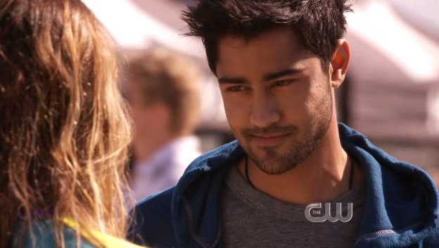 The 90210 S Actor Manish Dayal