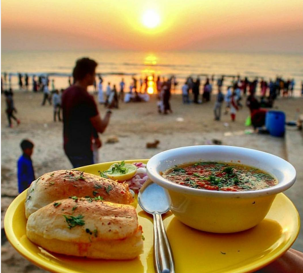 6 Mumbai Street Foods You Need in Your Life