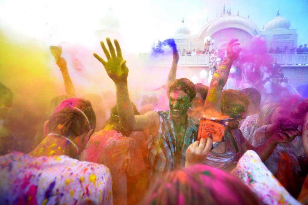 Dye ing culture color run white washing holi since 2012 the color run and other similar ideas like run or dye is a fun way to run with your friends come together as a community get showered in colored publicscrutiny Images