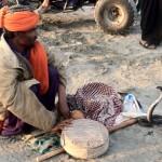 snake charmer, karachi, pakistan, brown girl talks