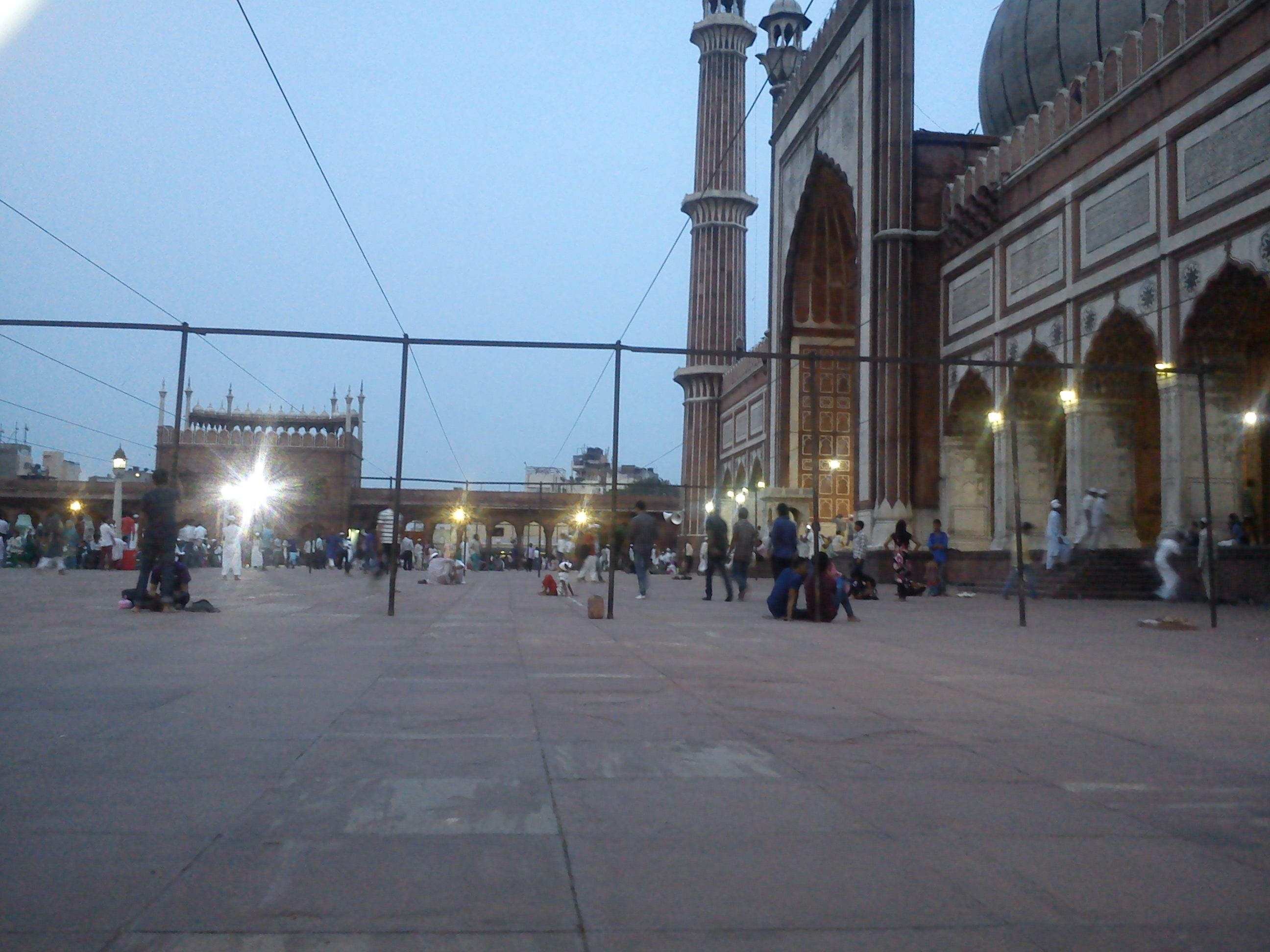 Jama Masjid, Brown Girl Talks