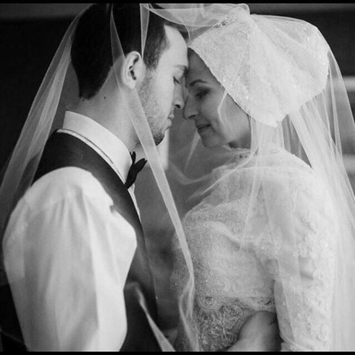 Deah and Yusor on their wedding day, 6 weeks before their murder. They had not gotten a chance to see this picture yet. Source: facebook.com/ourthreewinners