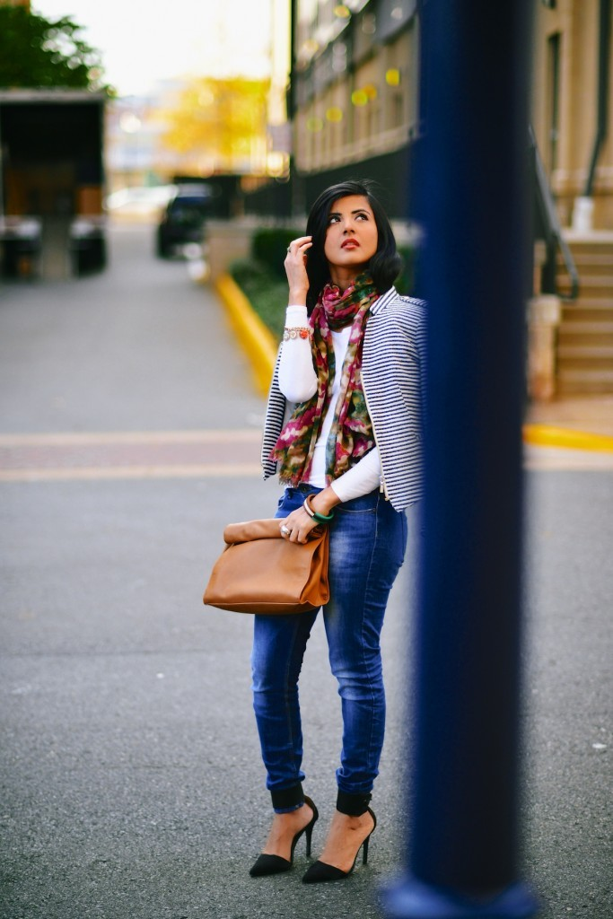 Faded-Blue-Denim-Jeans-with-FLoral-Scarf-003-683x1024