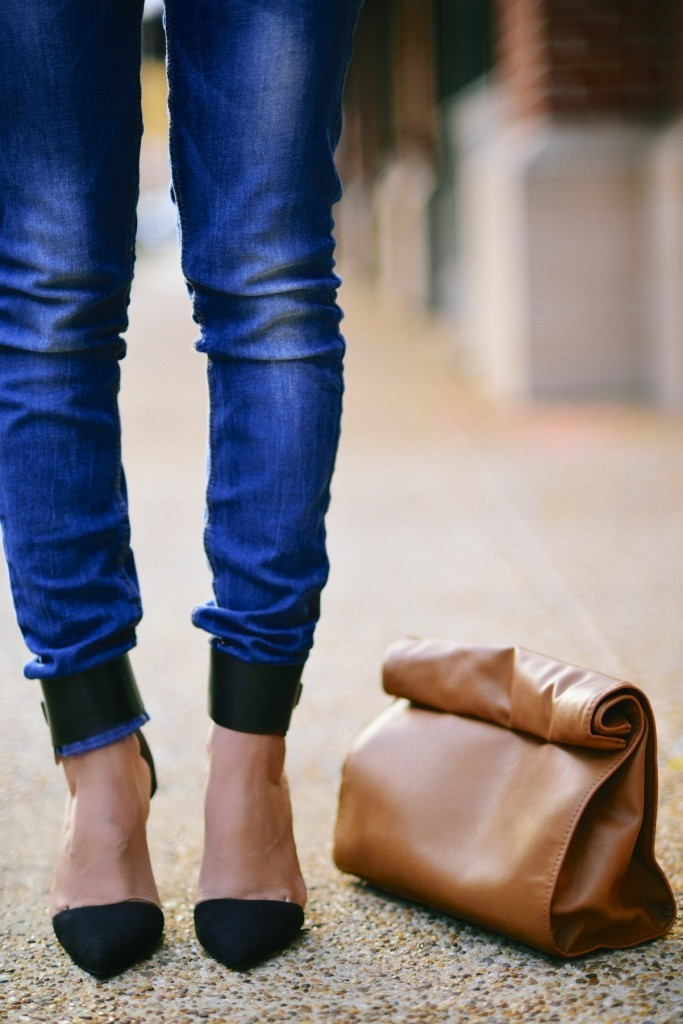 Faded-Blue-Denim-Jeans-with-FLoral-Scarf-010-683x1024