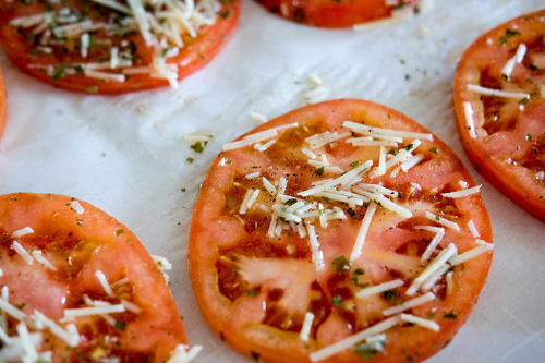 Get snacking on these Parmesan Tomato Crisps